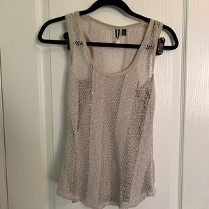 BKE Pale Gold/Taupe Crochet Tank